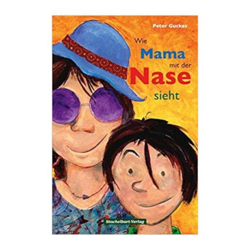 Cover - Kind neben Mutter. Mutter trägt eine lila Brille und einen blauen Hut. Beide sehen sehr fröhlich / zufrieden aus.