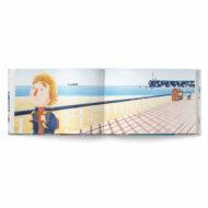 """Doppelinnenseite vom Buch """"Männer weinen"""". Ein Junge läuft mit Schulranzen eine Strandpromenade entlang"""