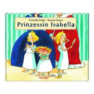 Prinzessin Isabella steht mit wutrotem Kopf zwischen ihren beiden Schwestern, die in einen Handspiegel schauen im Hintergrund sind die Unterkörper von Königin und König