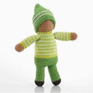 gehäkelte Babyrassel / Greifling Motiv PoC Puppe, gelb-grün angezogen